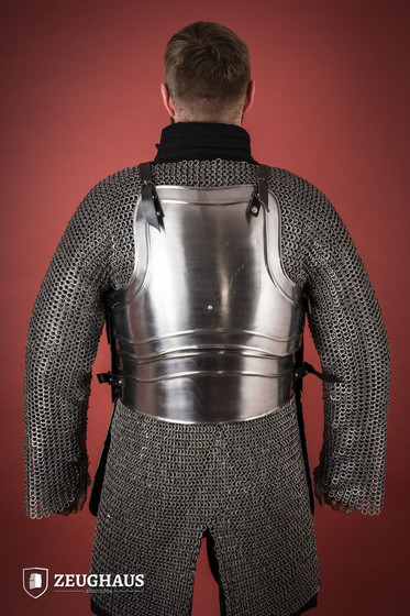 Cuirass Warrior with short tassets, polished