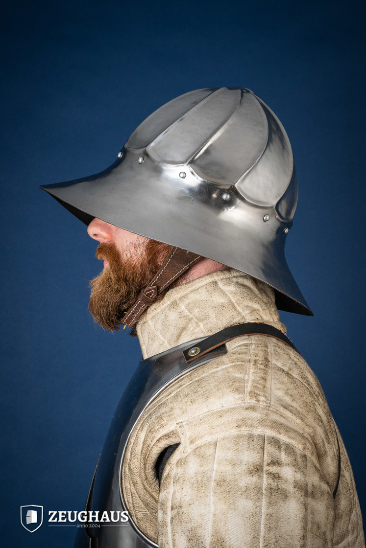 Fluted Kettle Hat Helmet Typ 2, end of 15 C. style, polished Big Picture-2