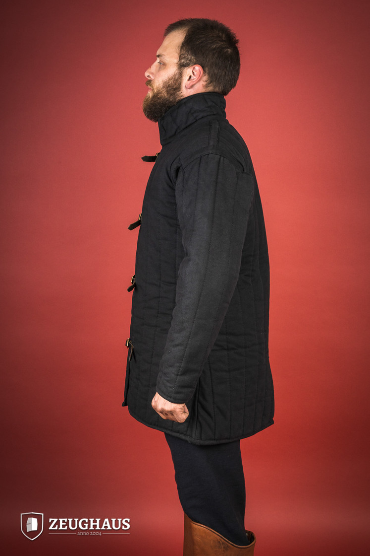 gambeson type 4, black Big Picture-3