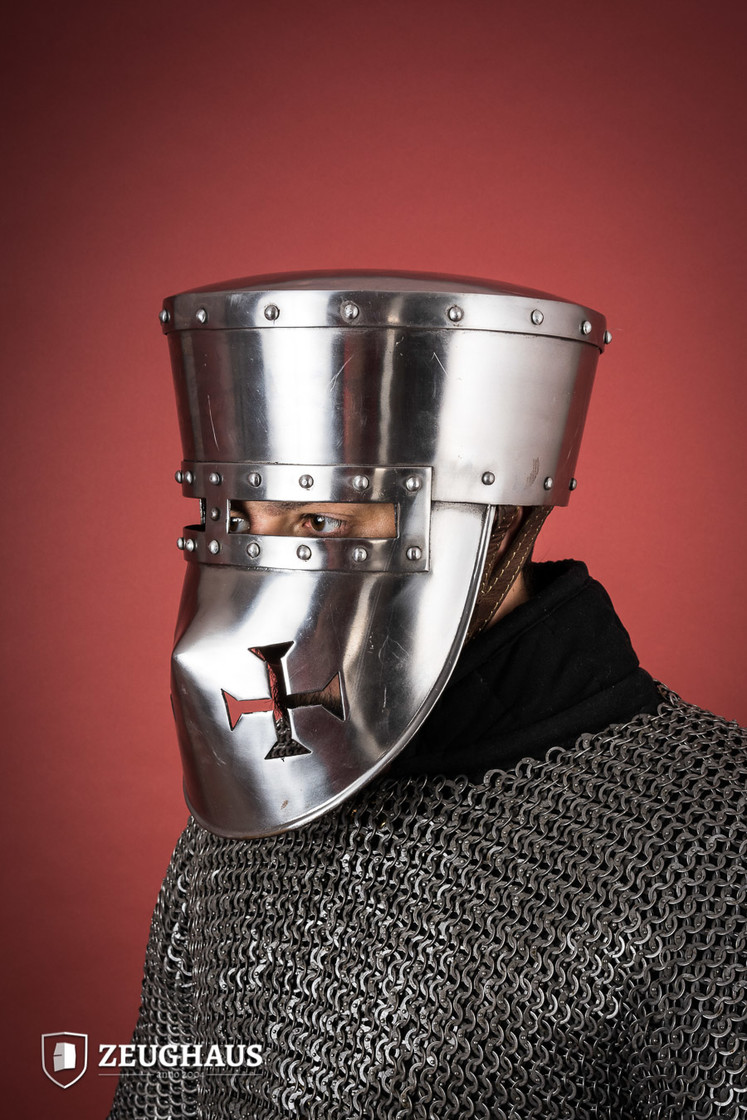 Crusader Helmet with Leather Liner Big Picture-1