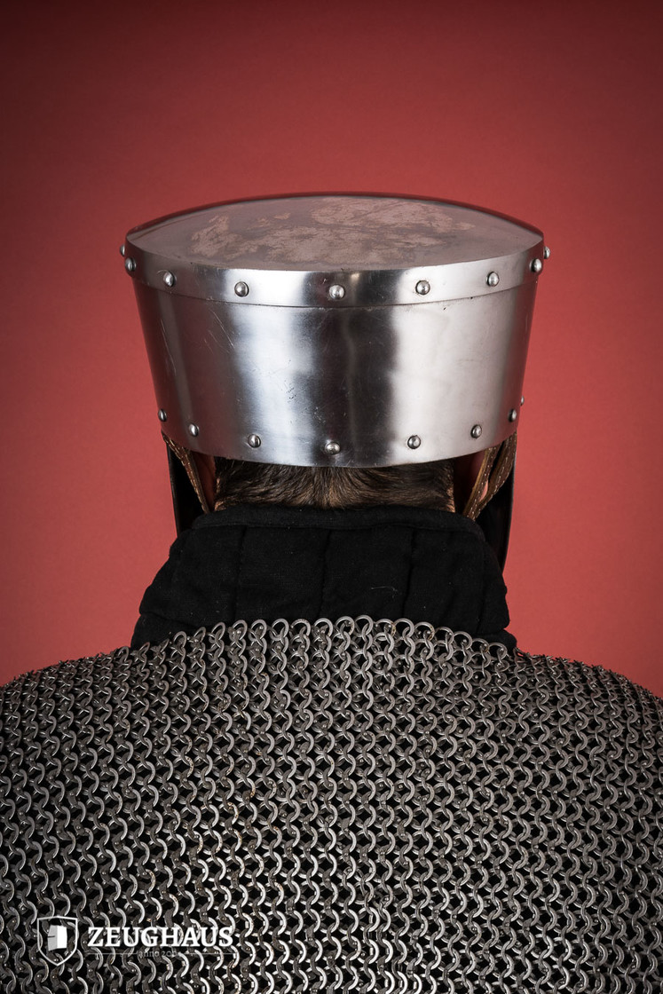 Crusader Helmet with Leather Liner Big Picture-3