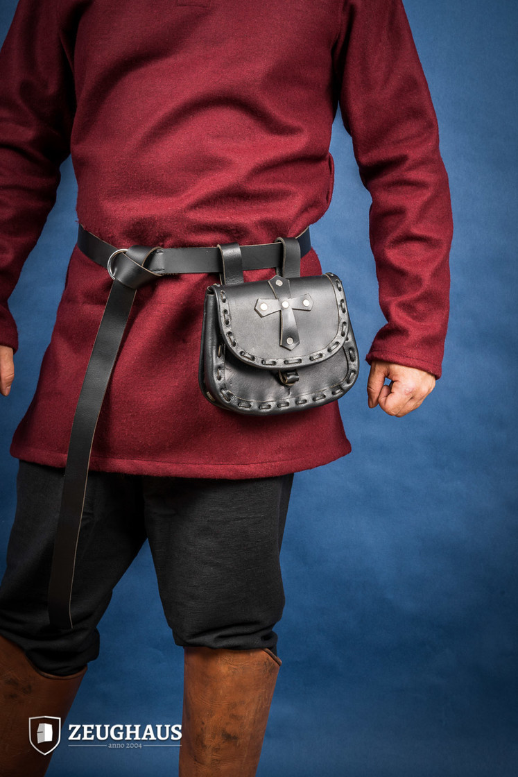 Leather The Paladin Pouch Big Picture-0