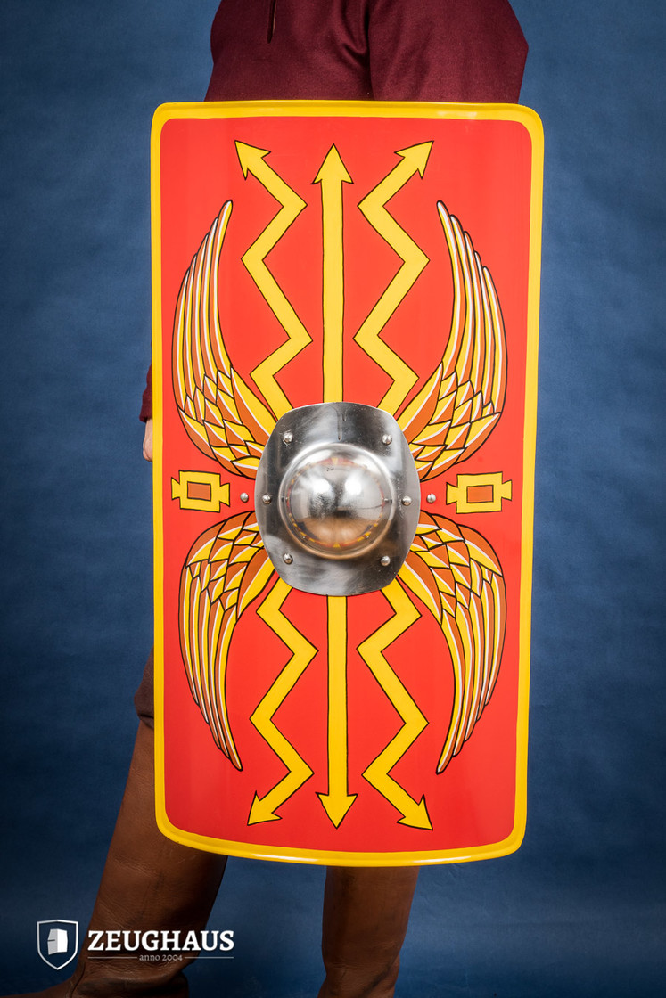 Roman Shield Scutum Big Picture-0
