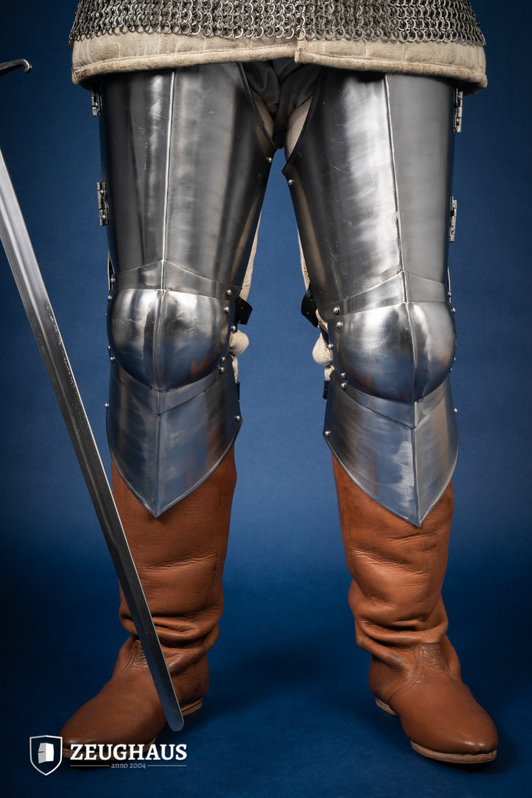 steel legs ¾ 15 C. style, polished Big Picture-0