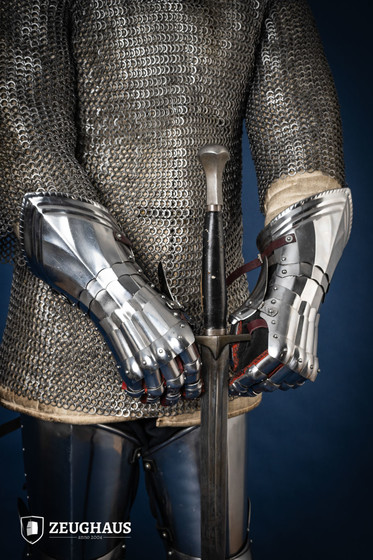 Gothic Steel Gloves, polished